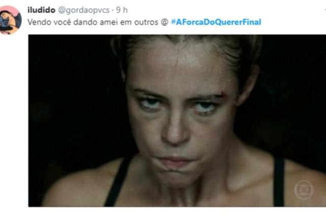 Jeiza (Paolla Oliveira) foi campeã de MMA (Foto: Reprodução)