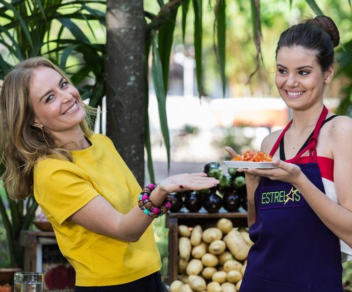 Angélica traz camila para cozinhar (Foto: Fábio Rocha / Gshow)