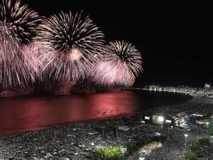RÉVEILLON DE COPACABANA - um dos principais eventos da cidade, é famoso mundialmente por causa da beleza da queima de fogos, que em 2015 durou cerca de 16 minutos (Foto: Alexandre Macieira / RioTur)