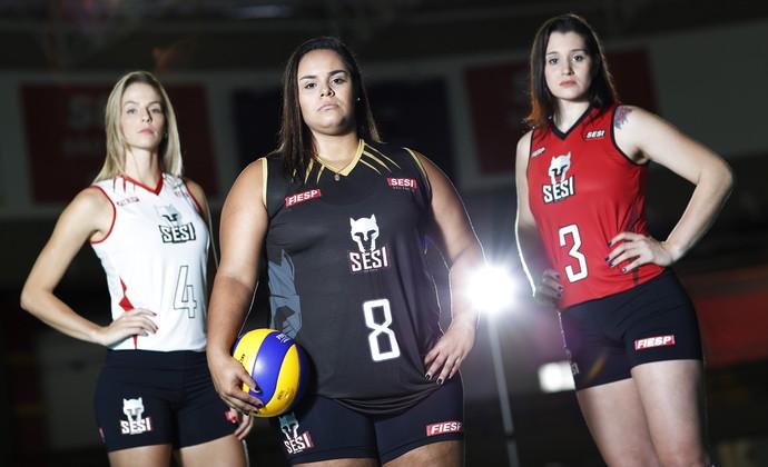 Sesi-SP novo uniforme Suele, Suelen e Claudinha (Foto: Everton Amaro/Divulgação)