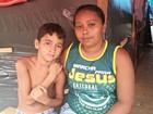 'Sensação é de desespero', diz mulher em abrigo no Acre há 38 dias