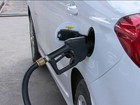 Gasolina tem o maior aumento em PE e tem queda de preço em Brasília