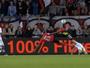 Golaço de bicicleta de Jimmy Briand disputa gol internacional mais bonito