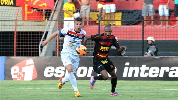 sport x campinense (Foto: Antônio Carneiro / Pernambuco Press)