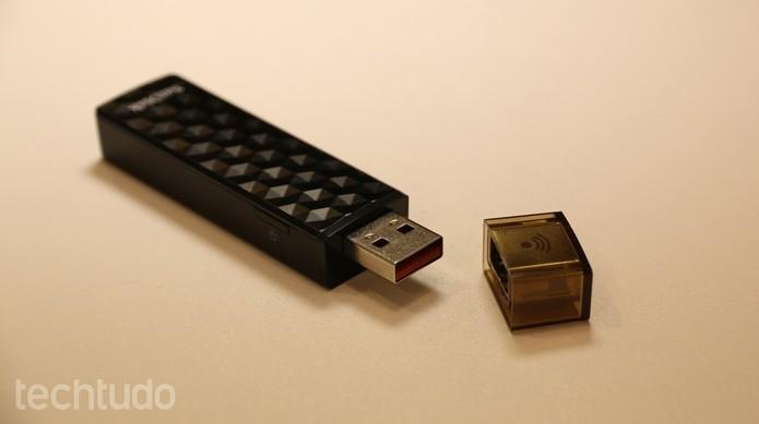 Capacidade de pendrives atuais é até 728 mil vezes maior que a de disquetes de 1.44 MB (Foto: Caio Rosário/TechTudo)