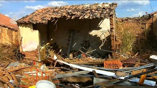 Incêndio em depósito de fogos mata duas pessoas no Ceará