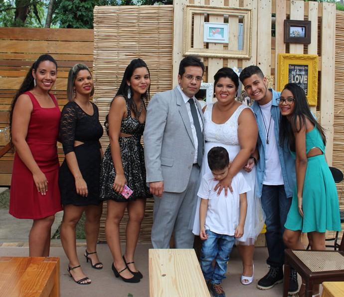 Família reunida para o casamento mais que especial (Foto: Maria Eduarda/ Gshow)