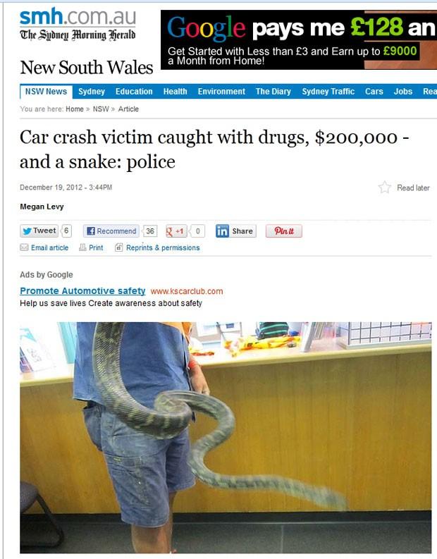 Polícia australiana encontrou uma cobra de 1,5 metro, drogas e quase 200 mil dólares australianos em veículo envolvido em acidente (Foto: Reprodução)