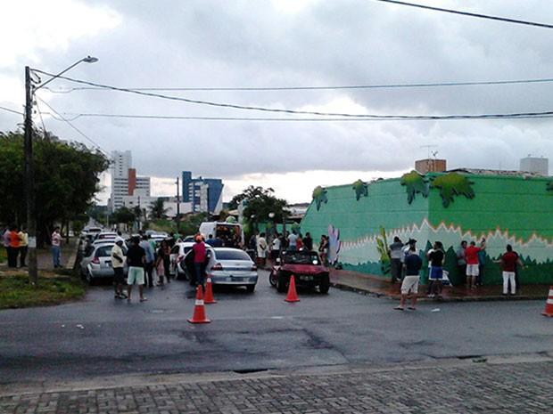 Operação aconteceu na rua Walter Duarte, em Capim Macio (Foto: Divulgação/Polícia Militar do RN)