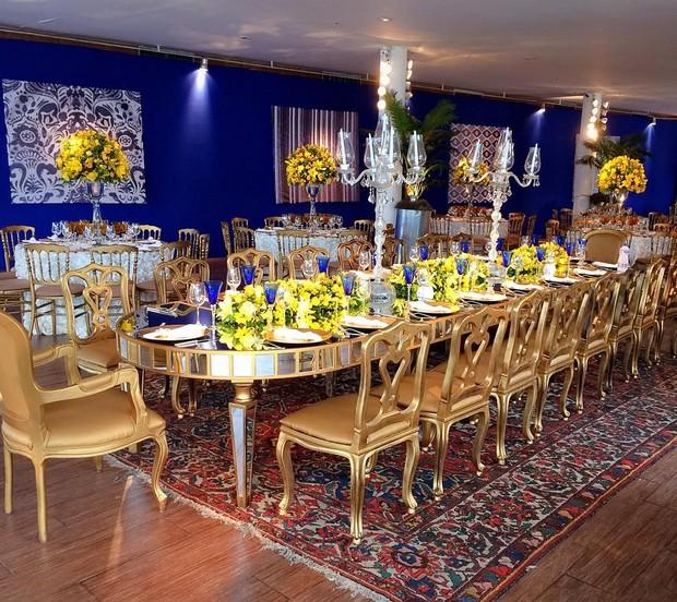 Mesas montadas para o jantar do casamento (Foto: Reprodução/Instagram)