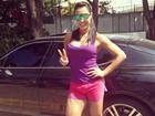 Gracyanne Barbosa posta foto antes de praticar exercício na praia