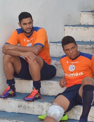 Rafael Magalhães e Robério não estão 100%  (Foto: Felipe Martins)