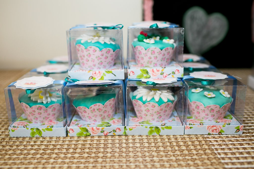 Cupcakes personalizados da Lambuzar-se  (Foto: Reprodução / Karin Michels Photography)