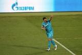 Hulk marca, dá assistência e ajuda Zenit a manter sonho do bi na Rússia