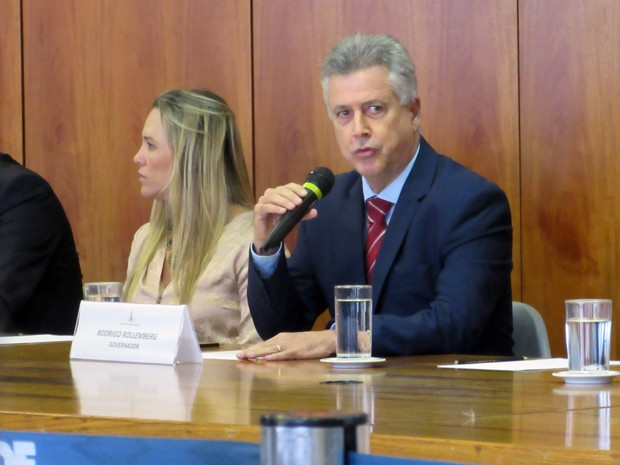 A presidente da Câmara Legislativa do Distrito Federal, Celina Leão, e o governador Rodrigo Rollemberg (Foto: Raquel Morais/G1)