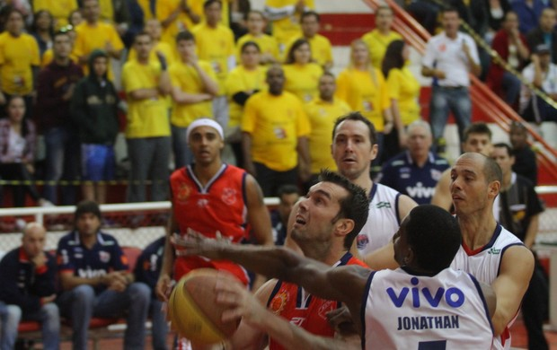 São José 87 x 72 Franca Campeonato Paulista de Basquete (Foto: Antônio Basílio/ PMSJC)