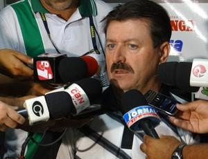 Leandro Campos - técnico do ASA (Foto: Leonardo Freire/GLOBOESPORTE.COM)