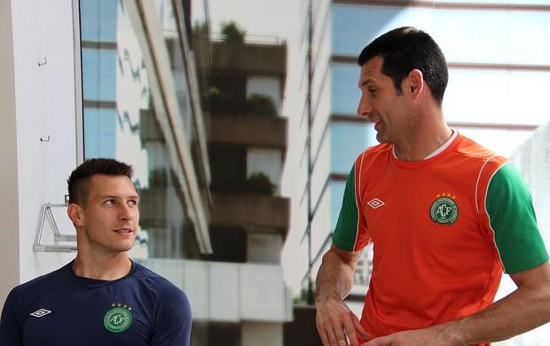 Nivaldo e Juliano Chapecoense (Foto: Aguante Comunicação/Chapecoense)