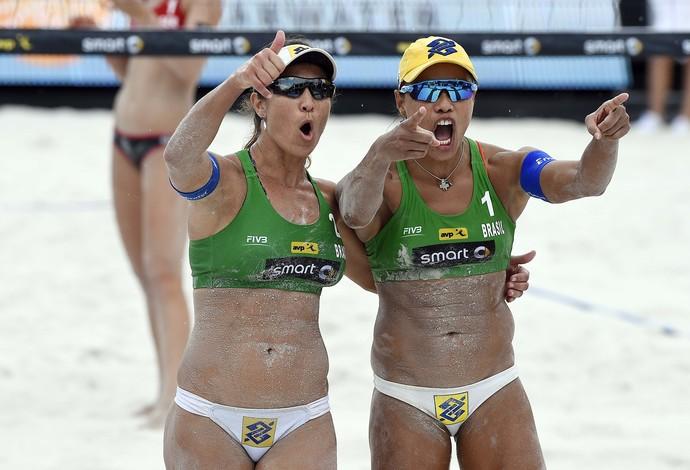 Juliana e Maria Elisa Grand Slam de São Petesburgo vôlei de praia (Foto: Divulgação / CBV)