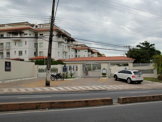 Médico foi encontrado morto em seu apartamento, na Zona Centro-Sul (Foto: Rickardo Marques/G1 AM)