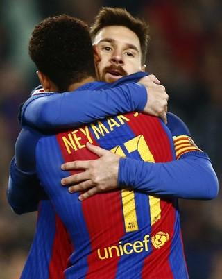 Messi Neymar Barcelona x Real Sociedad (Foto: EFE)