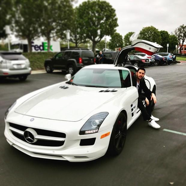 Matt Harvey e um de seus carrões (Foto: Reprodução/Instagram)