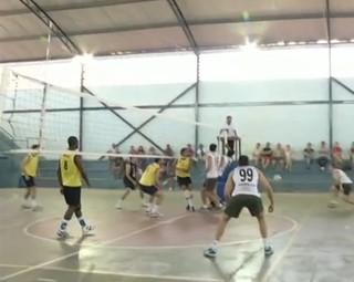 Quatis enfrentou Pinheiral em uma partida eletrizante (Foto: Reprodução: Bom Dia Rio)