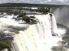 Montanhistas recolhem R$ 1 mil em moedas das Cataratas do Iguaçu