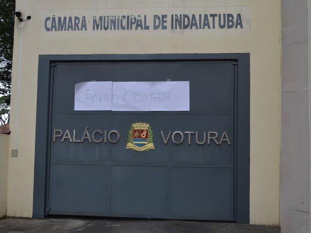 Grupo ocupou a Câmara dos Vereadores na segunda-feira  (Foto: Imprensa/Câmara dos Vereadores)