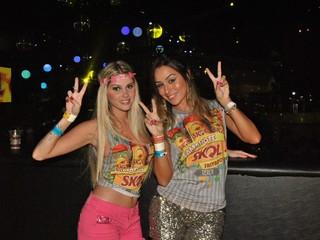 Bárbara Evans e Leticia Santiago em Salvador (Foto: Marcelo Machado/ Ag. Haack)
