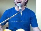 'Meus amigos me chamam de Bono', diz leitor sósia de vocalista do U2