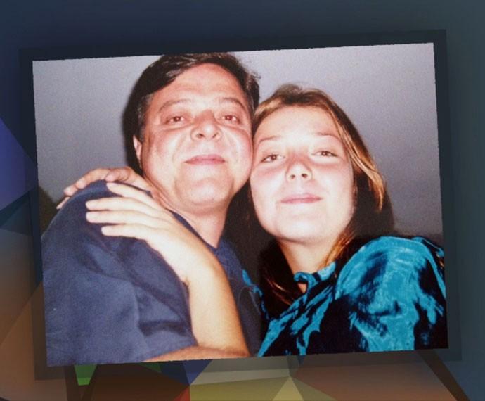 Luiza Possi mostra foto antiga ao lado de seu pai (Foto: Reprodução)