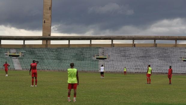 Flamengo-PI durante coletivo para o Rivengo (Foto: Renan Morais)
