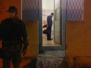 Polícia Civil investiga autoria de crime  (Foto: Fernando Brito/G1)
