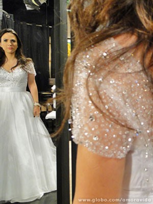 Os cristais do vestido (Foto: Amor à Vida / TV Globo)