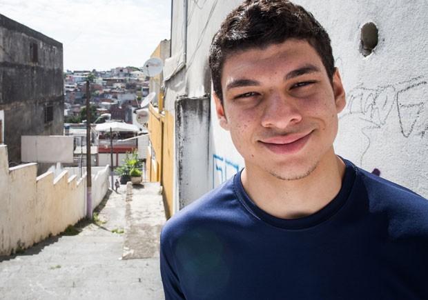 'Tenho orgulho enorme de ser do Capão Redondo', diz Gustavo Torres da Silva (Foto: Victor Moriyama/G1)