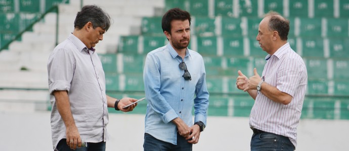 Lucas Andrino, Marcelo Veiga e Sérgio do Prado no Guarani (Foto: Murilo Borges)