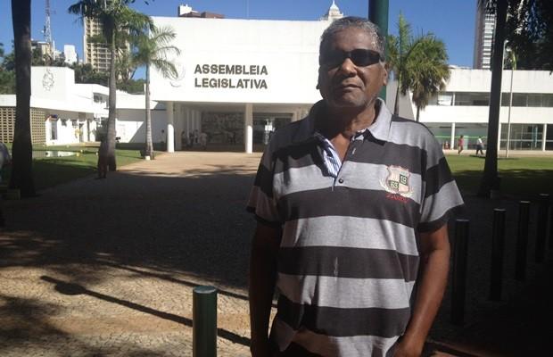 Marcos Ribeiro discorda da 'bolsa arma' e diz que população não tem preparo psicológico (Foto: Fernanda Borges/G1)