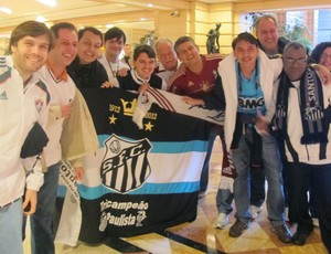 tricolores e santistas se encontram na concentração do Fluminense  (Foto: Rafael Cavalieri / Globoesporte.com)