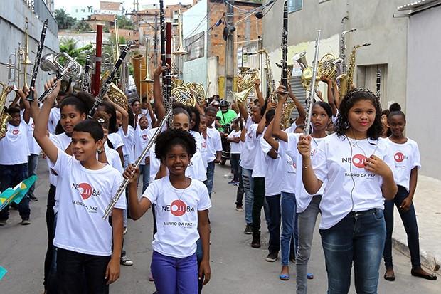 Banda Sinfônica da Paz em concerto itinerante no Bairro da Paz (Foto: Camila Souza GOV-BA)