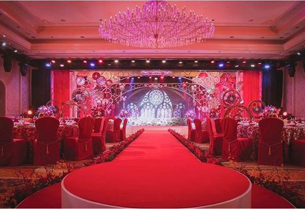 O casório à noite acomoda até 300 convidados  (Foto: Divulgação)