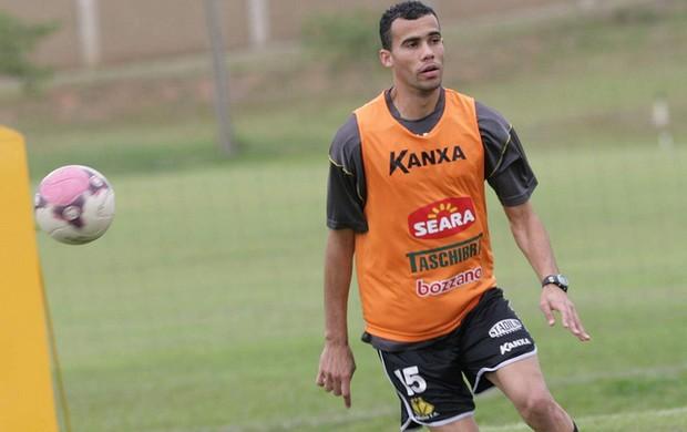 Fransérgio diz que time é mais forte com torcida (Foto: Fernando Ribeiro / Criciúma EC)