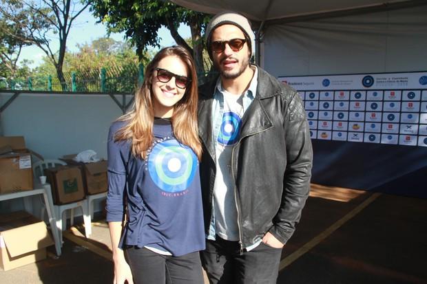 Angela Munhoz e Raphael Vianna (Foto: Manuela Scarpa/Brazil News)