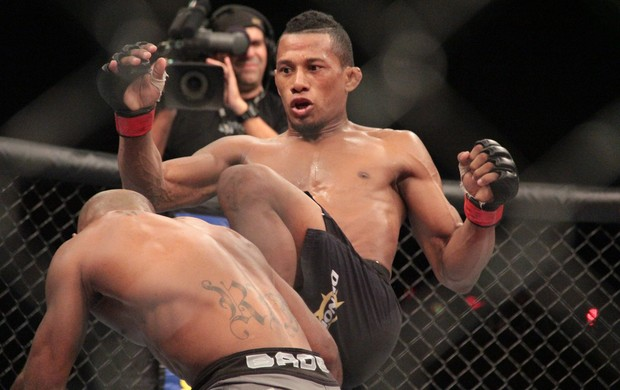 MMA - UFC Jaguará do Sul - Iuri Marajó x Wilson Reis (Foto: Rodrigo Malinverni)