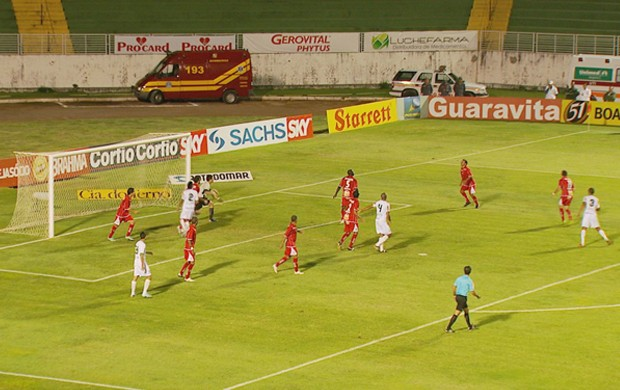 Boa Esporte empata com o América-MG em 1 a 1 (Foto: Reprodução EPTV / Tarcísio Silva)