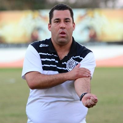 William Sander Treinador Rio Branco-SP Tigre (Foto: Sanderson Barbarini / Foco no Esporte)