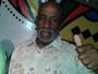 Corpo do vocalista do Grupo Fundo de Quintal será enterrado em Cotia
