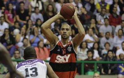 Marquinhos Flamengo Mogi NBB (Foto: Luiz Pires/LNB)