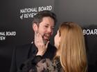 Amy Adams troca carinhos com o marido em evento nos EUA