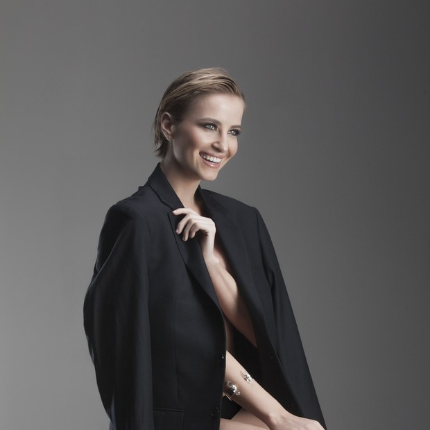 Barbara França  (Foto: Foto - Beto Gatti Style - Fabio Van Bogea  Beauty - Apoema Schiel)